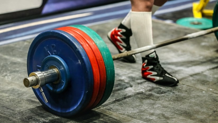 Best crossfit barbell to pr your wod in 2019 athletic muscle